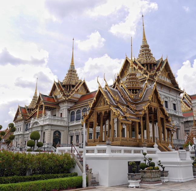 Die Tempel in Bangkok sind definitiv einen Besuch wert.